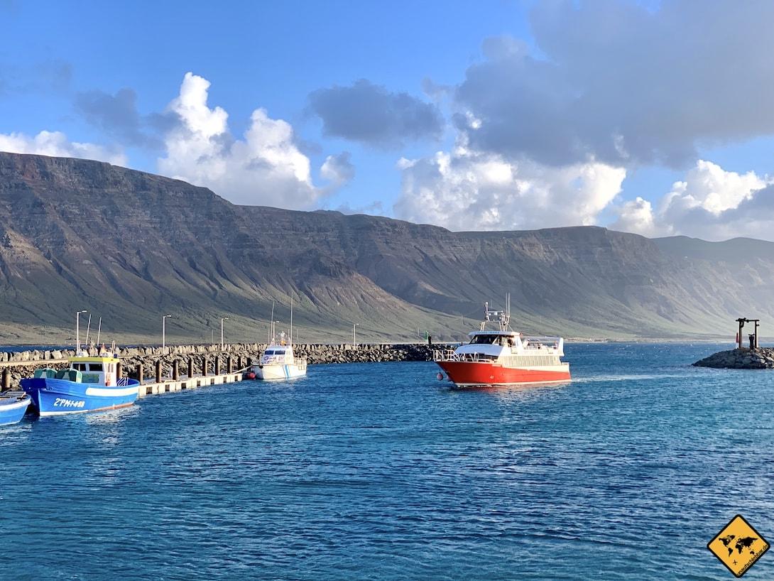 Fähre Hafen La Graciosa
