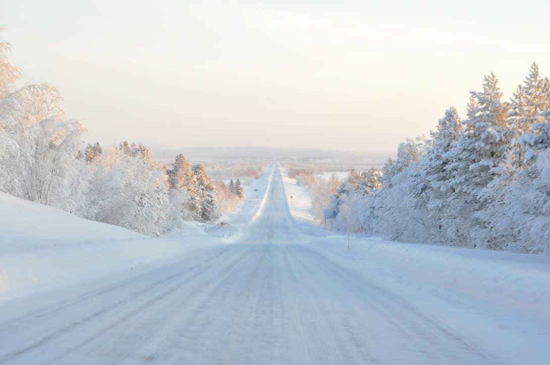 Finnland Lappland Schnee Straße