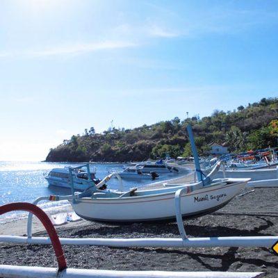 Fischerboote am Hafen von Amed