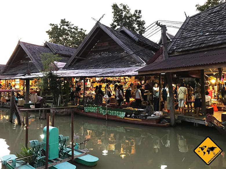 Floating Market Pattaya Shops