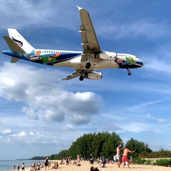 Flugzeug Strand Phuket Nai Yang