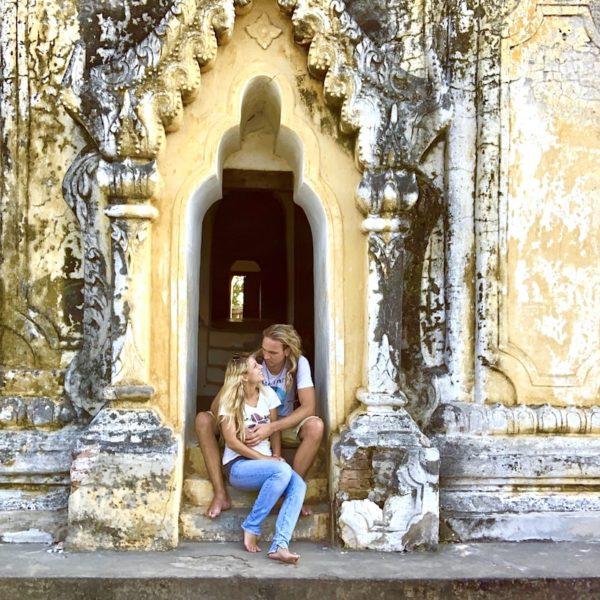 Fotopro Stativ Beispiel-Bild Myanmar Kloster