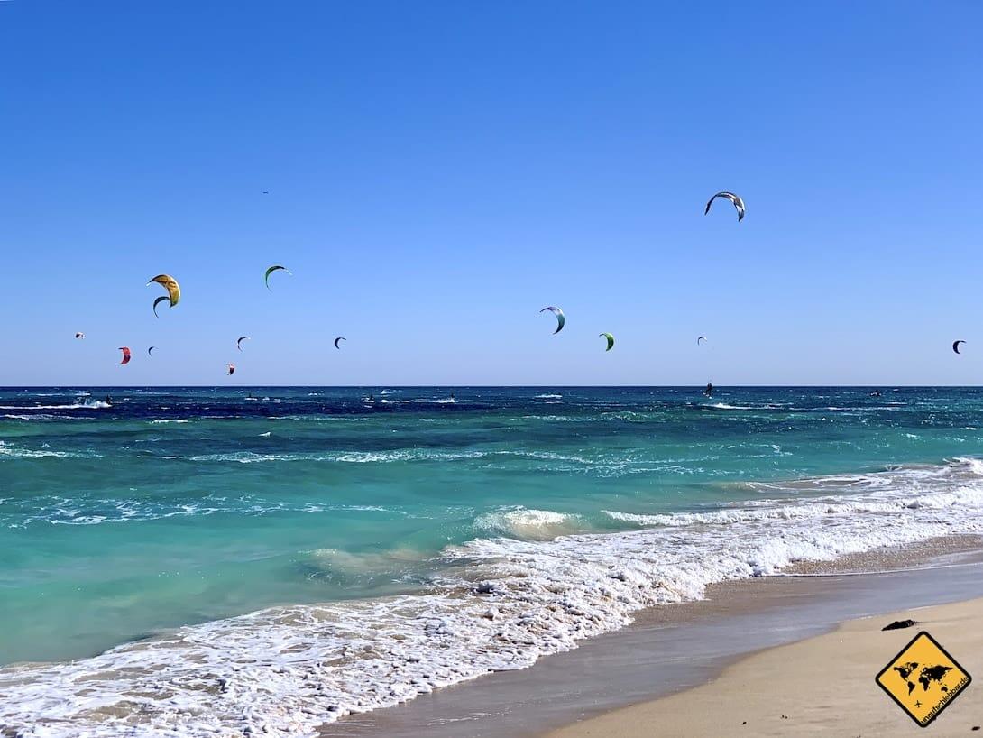 Fuerteventura Strände windig Kitesurfer