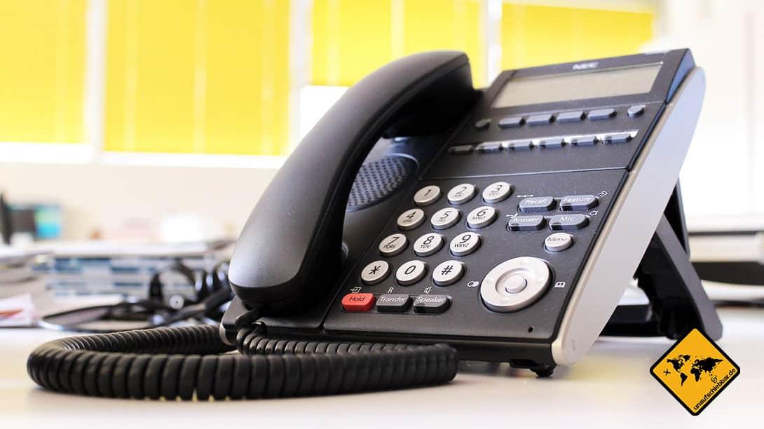 Büro-Telefon auf Abwesenheit