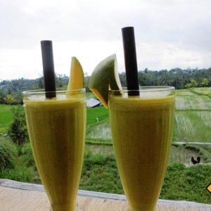 Gesunde Smoothies sind insbesondere in Ubud an jeder Ecke erhältlich