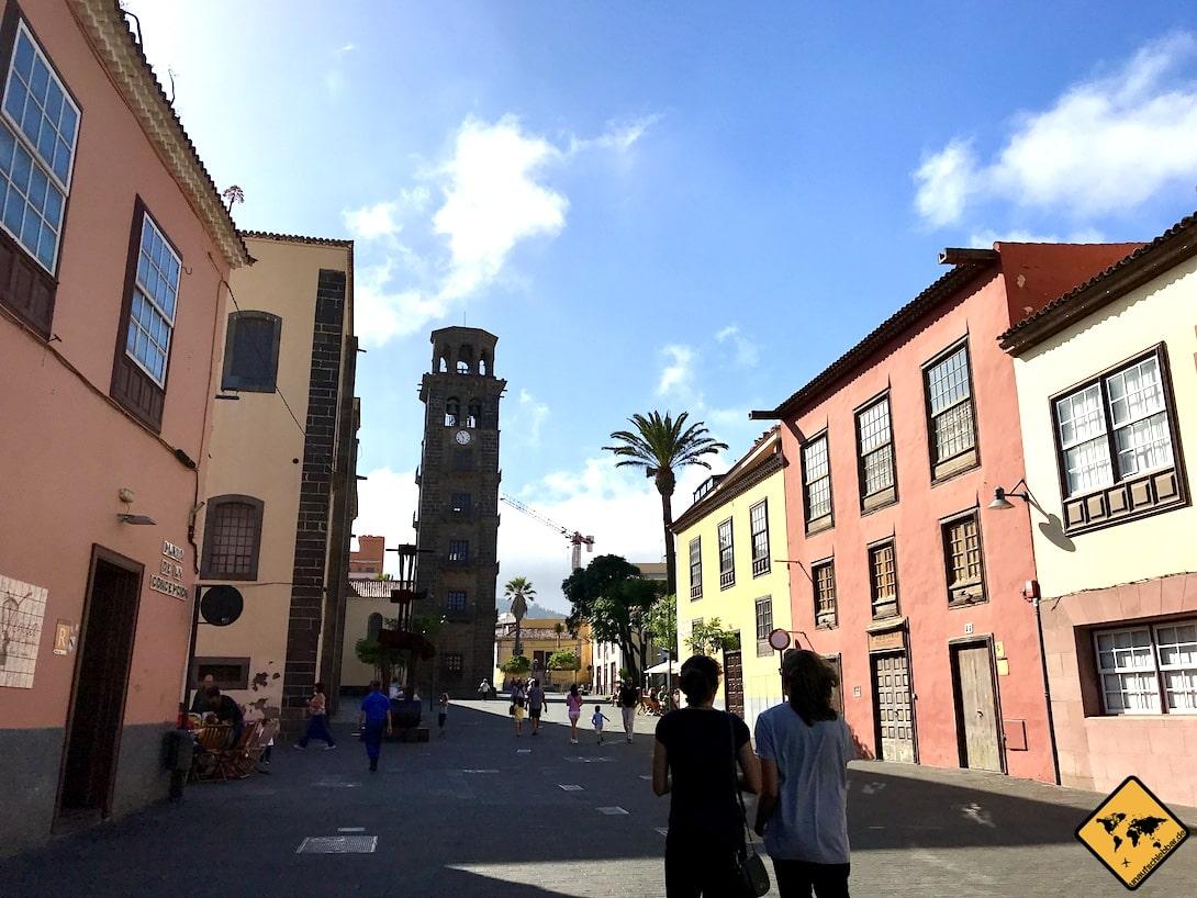 Der Glockenturm gilt als Wahrzeichen der Stadt San Cristóbal de la Laguna Teneriffa