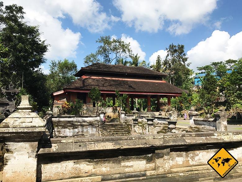 Goa Gajah Badebecken Seitenblick