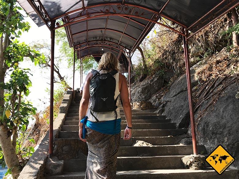 Goa Giri Putri Nusa Penida Höhle Eingang
