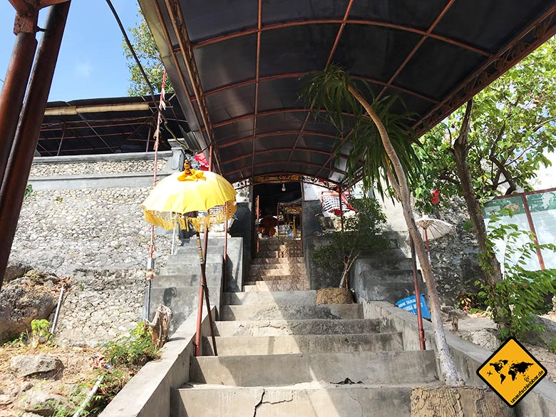 Goa Giri Putri Nusa Penida Höhle Treppen