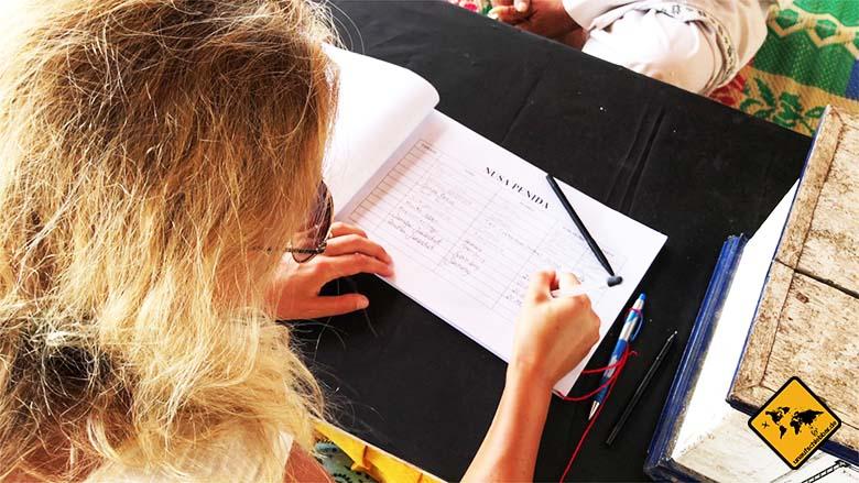 Goa Giri Putri Nusa Penida Spendenbuch