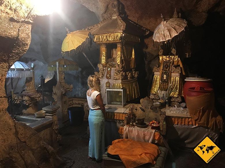 Goa Giri Putri Nusa Penida Tempelbesichtigung