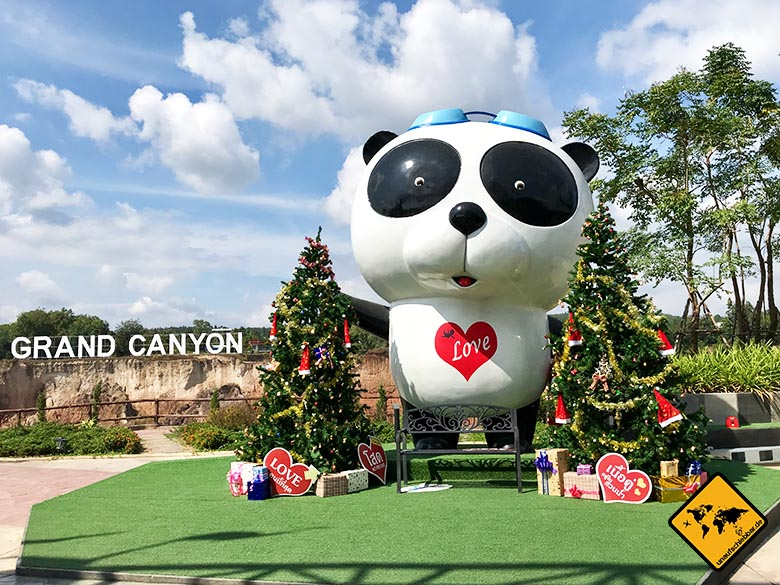 Grand Canyon Chiang Mai Waterpark Eingang Panda