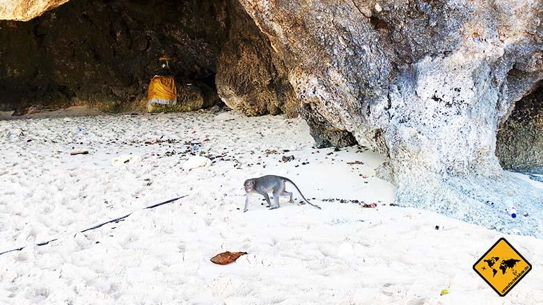 Green Bowl Beach Bali Affe Höhle