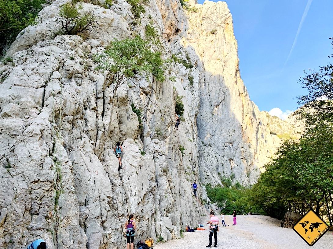 Große Kletterwand Paklenica Nationalpark Kroatien
