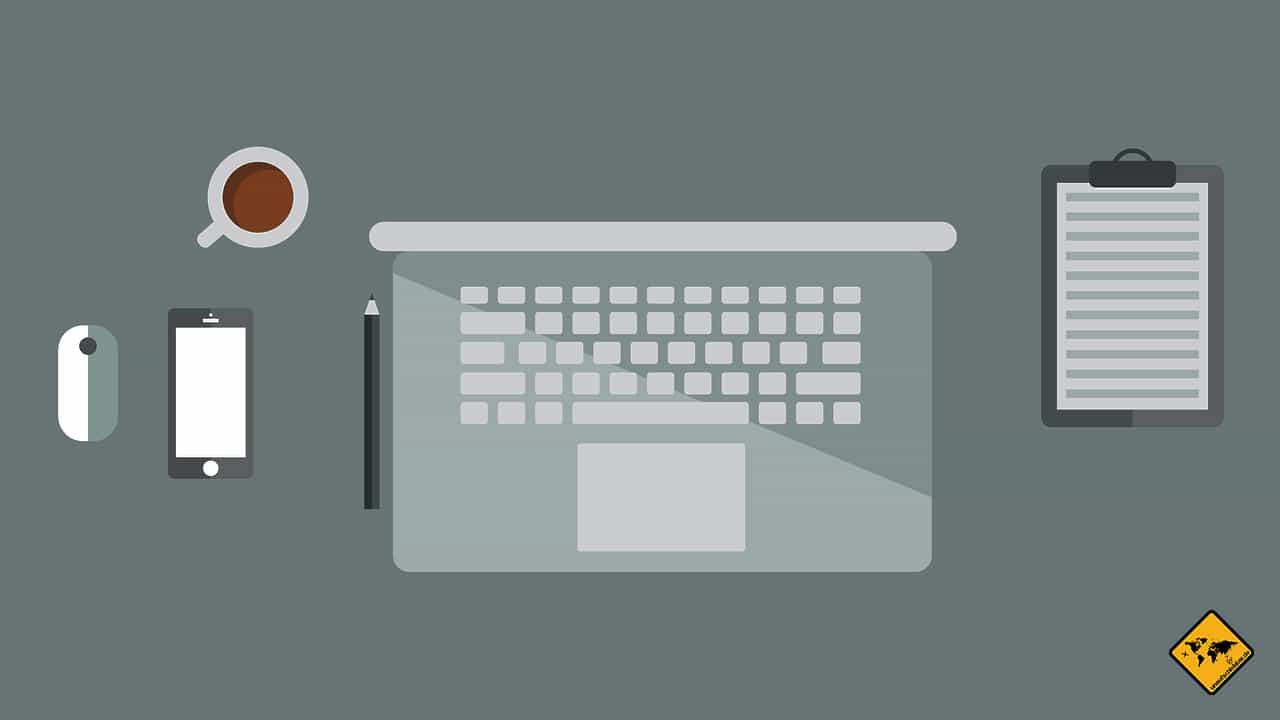 Gute Ausrüstung Smartphone Laptop Remote arbeiten im Ausland