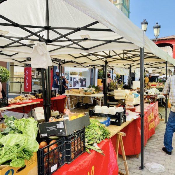 Handwerker- und Bauernmarkt Centro Comercial El Campanario Corralejo