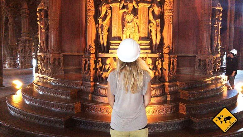Heiligtum der Wahrheit Helm