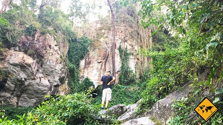 Huay Kaew Waterfall Felsen