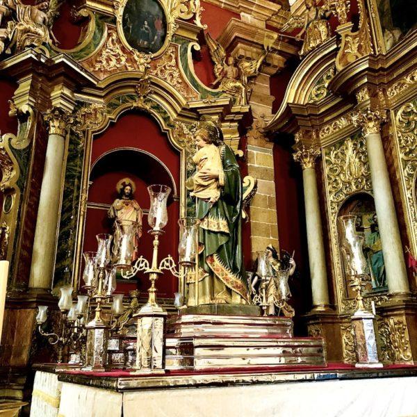 Innenraum Basilica Nuestra Señora del Pino