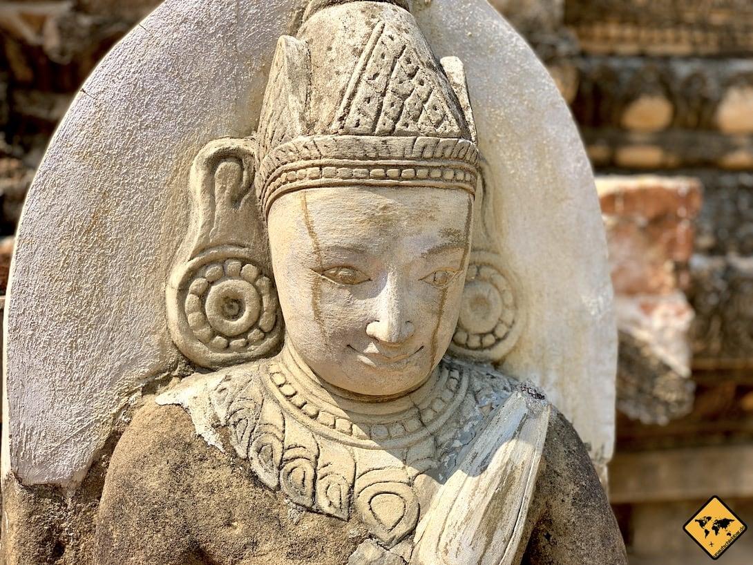 Iza Gawna Pagode Bagan Statur