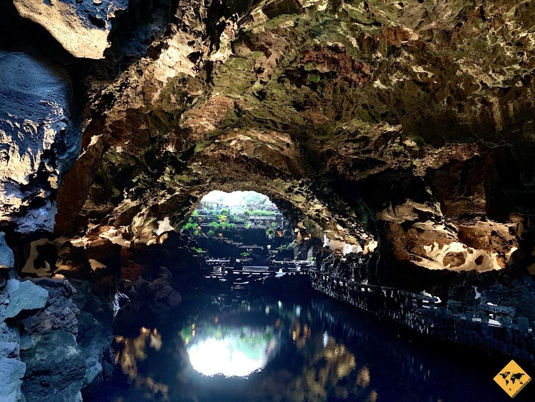 Jameos del Agua Lanzarote Lavaröhre Beleuchtung
