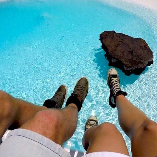 Jameos del Agua Lanzarote Pool Füße