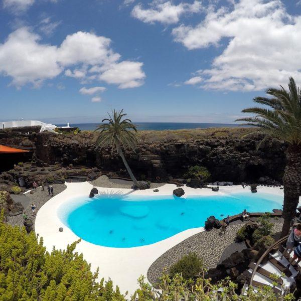 Jameos del Agua Lanzarote Pool Meerblick