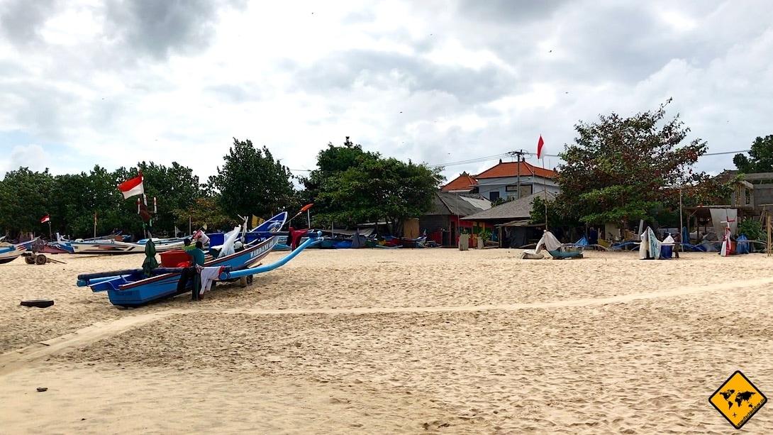 Jimbaran Beach Fischerboot