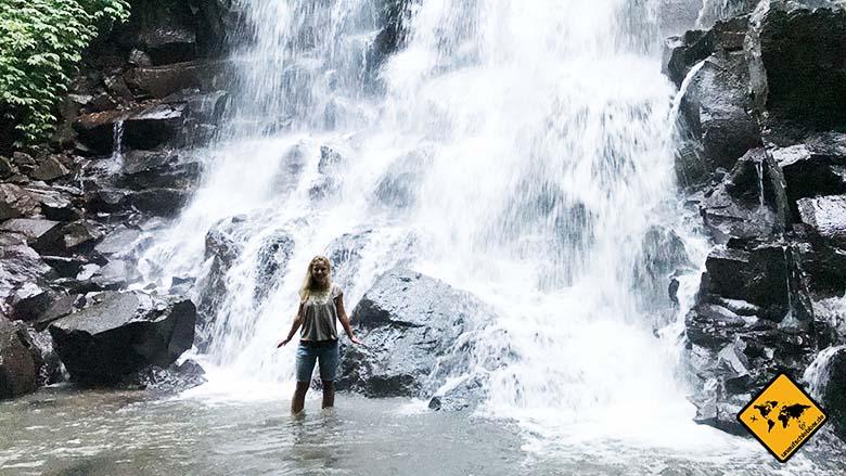 Kanto Lampo Bali Wasserfall