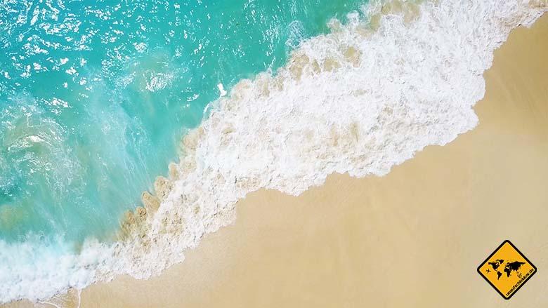 Kelingking Beach Bali Sand