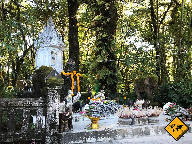 King Inthanon Memorial Shrine Nationalpark Doi Inthanon