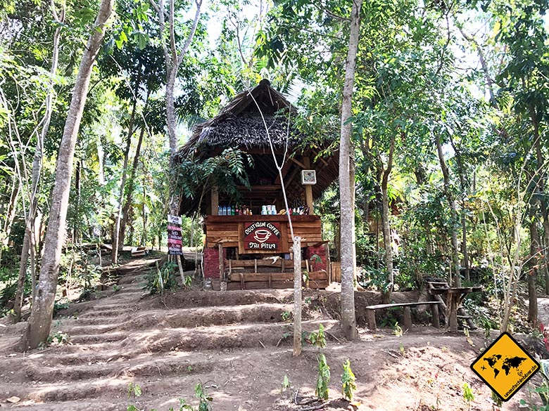 Kiosk Tiu Pituq Lombok Wasserfall Park