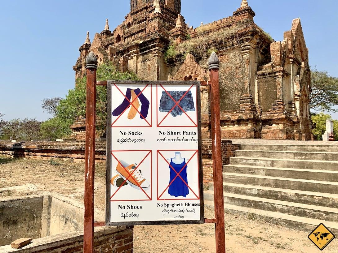 Kleidungsordnung Tempel Bagan Myanmar