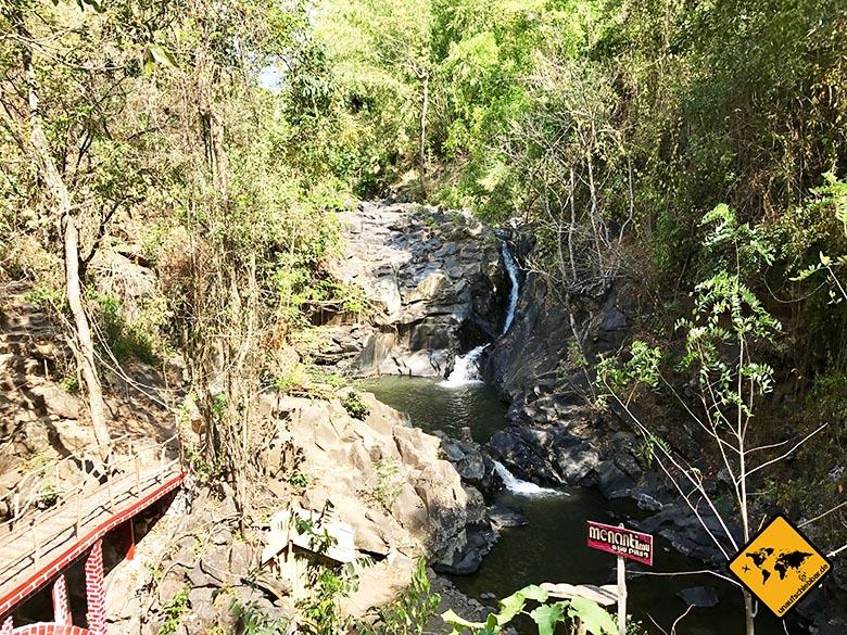 Kleiner Wasserfall Lombok Piu Pituq