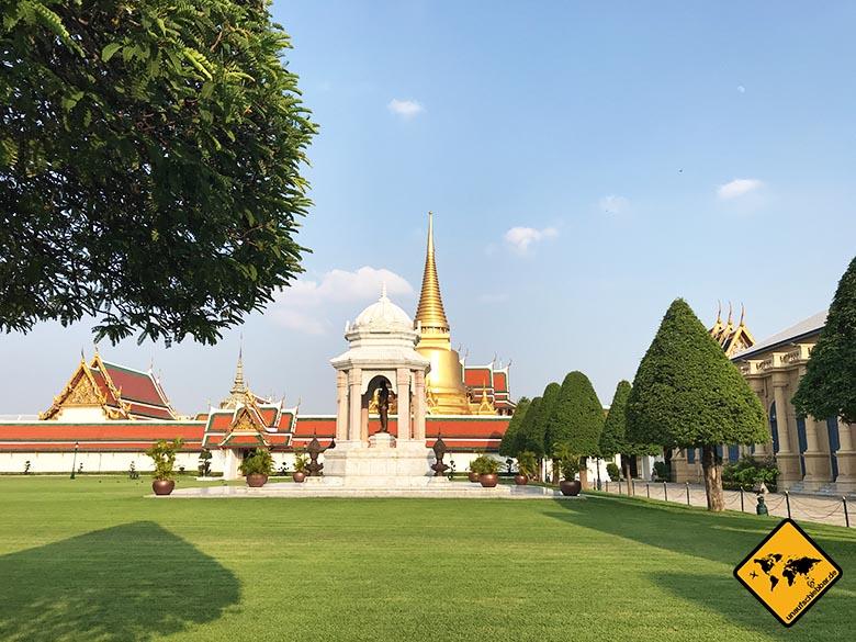 Königspalast Bangkok Vorgarten