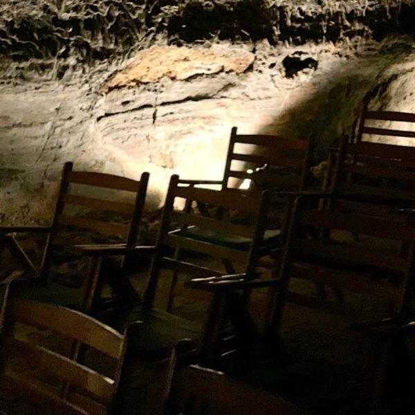 Konzertsaal Stühle Lanzarote Cueva de los Verdes