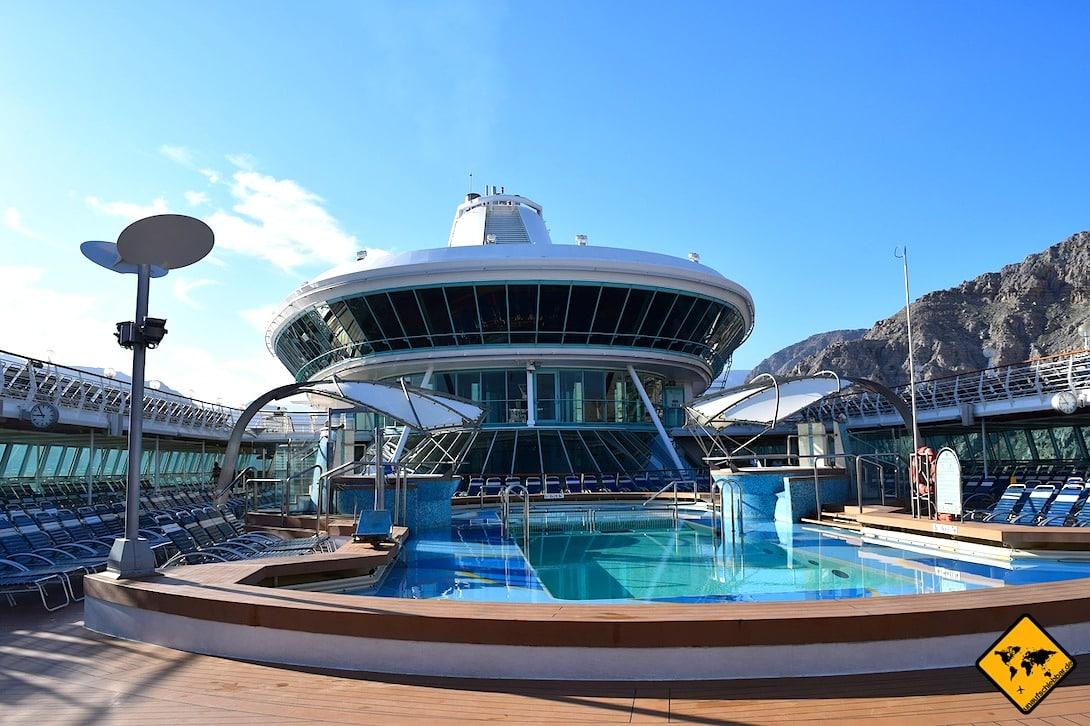 Kreuzfahrtschiff Pool Deck