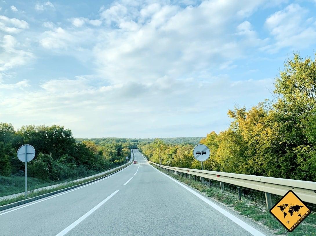 Krk Straße grüne Insel