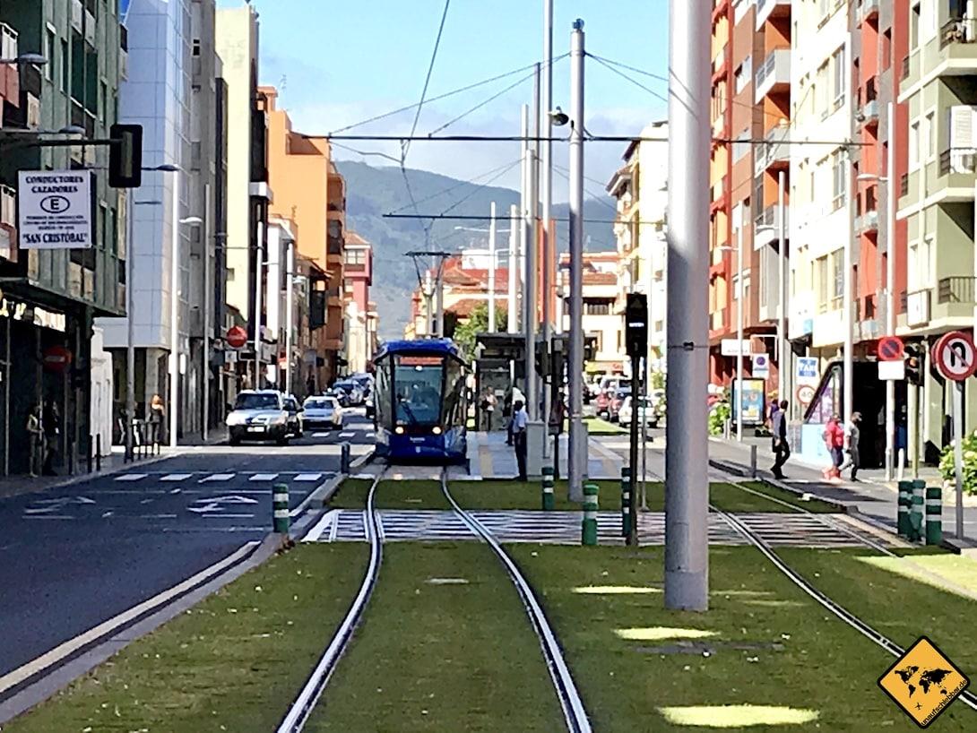Die Straßenbahn-Linie L1 verkehrt zwischen La Laguna und Santa Cruz de Tenerife