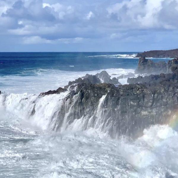 Lava-Felsen Welle Regenbogen Los Hervideros Lanzarote