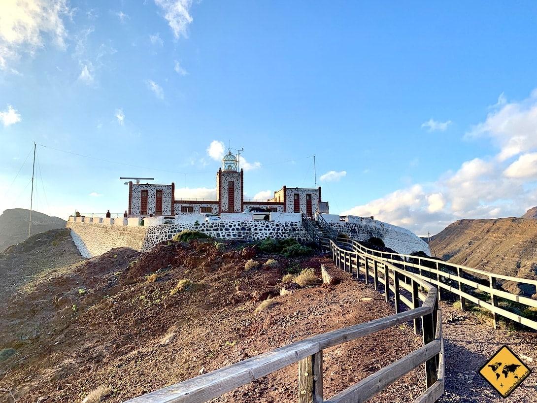 Leuchtturm von weitem Faro de la Entallada