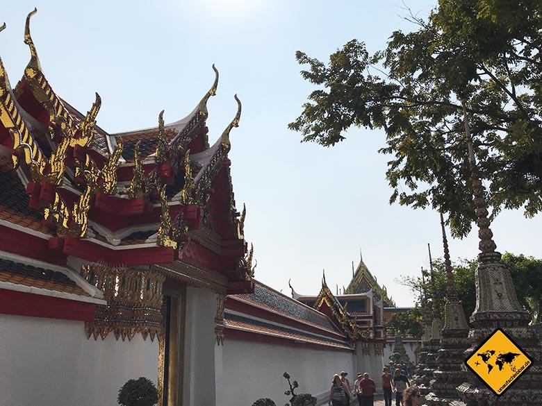 Liegender Buddha Bangkok Außenmauer
