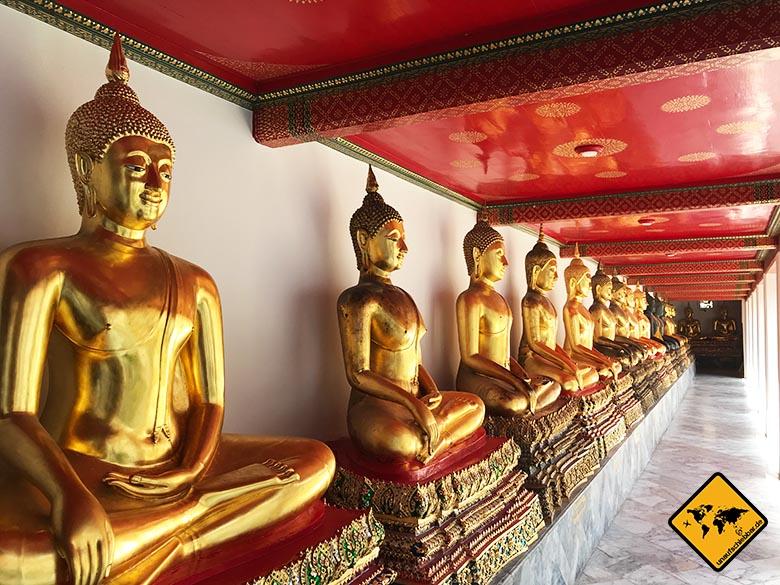 Liegender Buddha Bangkok weitere Figuren