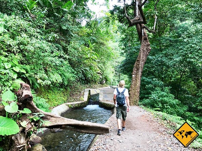 Lombok Wasserfall Tiu Kelep Weg