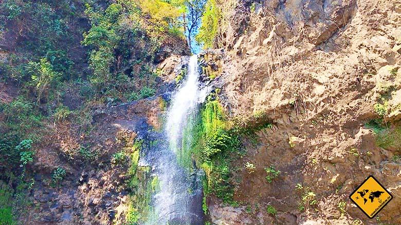 Lombok und Bali Wasserfall