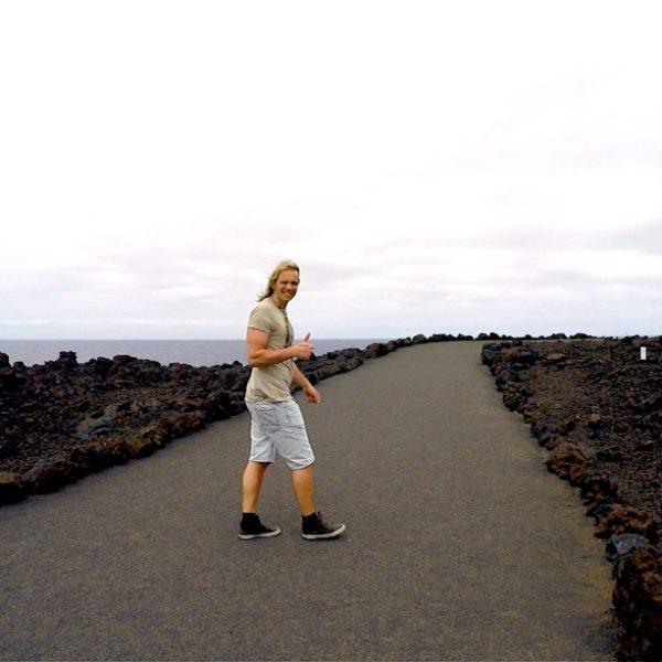 Los Hervideros bietet dir verschiedene Wege, die sich gut für einen kurzen Spaziergang eignen