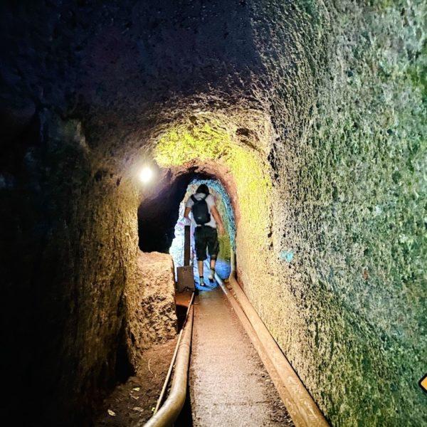 Los Tilos Wasserfall Weg Tunnel