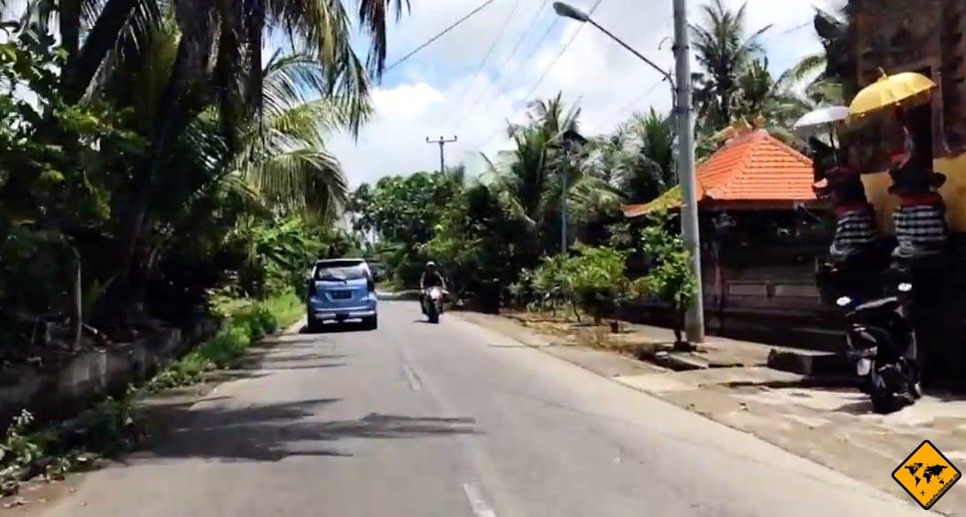 Mietwagen Bali: Auf der Insel herrscht Linksverkehr, an den du dich zunächst gewöhnen musst
