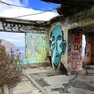 Blick in eine der Ruinen am Mirador Las Teresitas