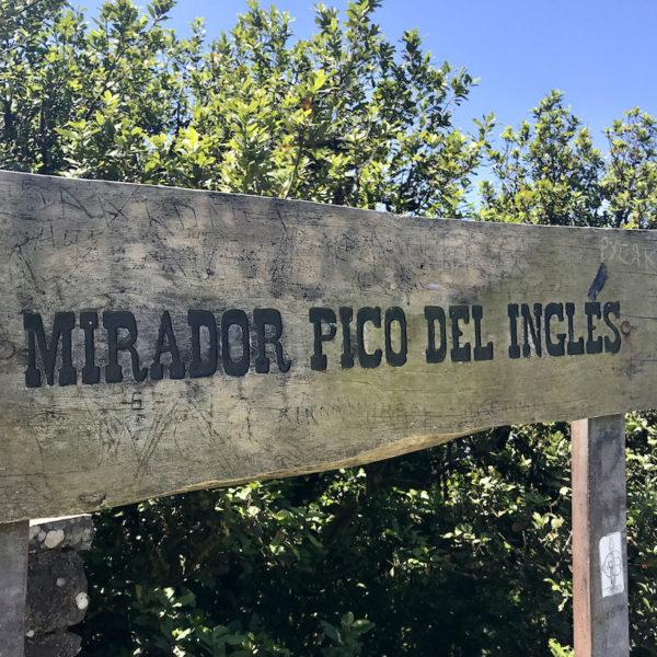 """Auch der """"Mirador Pico del Inglés"""" ist ein empfehlenswerter Aussichtspunkt im Anaga Gebirge Teneriffa, den du nicht verpassen solltest"""